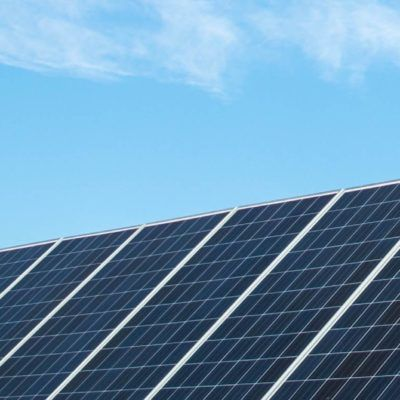 Cómo funcionan las placas solares del Albergue