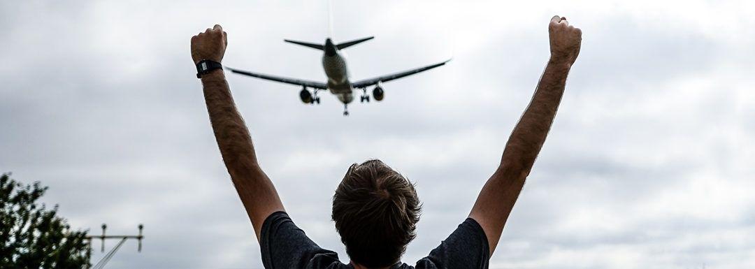 ¿Quieres ver los aviones de cerca? Mirador del Prat de Llobregat