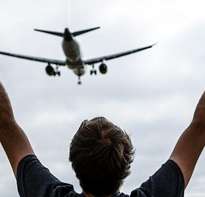 Vols veure els avions de prop? Mirador del Prat de Llobregat